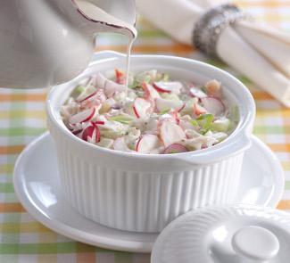 κρύα σούπα με γιαούρτι ή κεφίρ και καβούρι