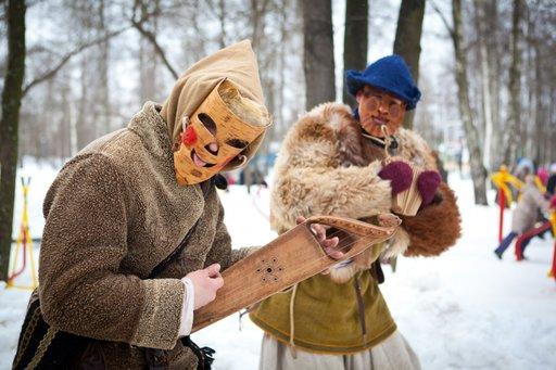 Ρωσική αποκριά μασκαράδες
