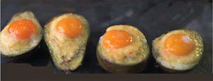 4 αβοκάντο με αυγά και τυρί